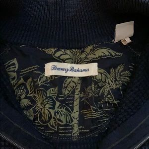 Tommy Bahama Shirts - 🌴 Tommy Bahama Men's Blue 1/4 ZIP Pullover - M